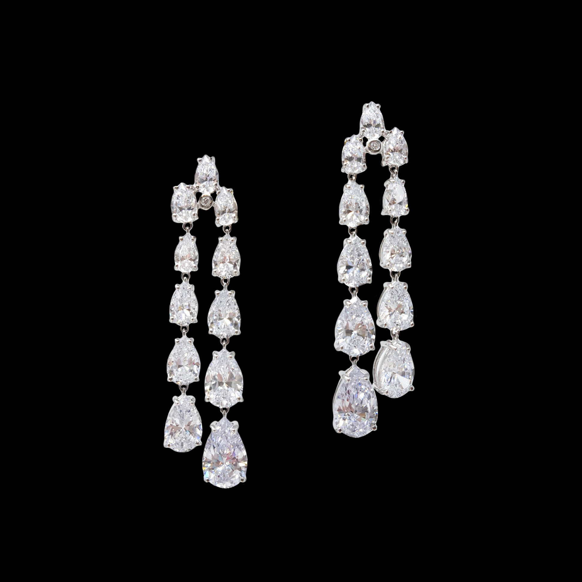 Nuvole Bianche earring worn by Demi Lovato