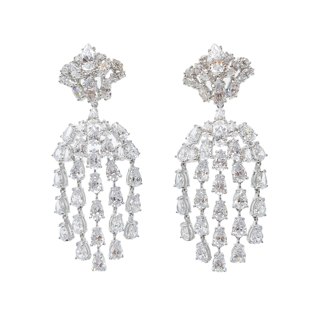 Seme del Melograno earrings worn by Naomi Campbell